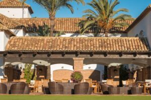 La CALA Golf Clubhouse Terrace