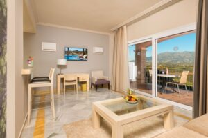 La CALA Junior Living & Terrace